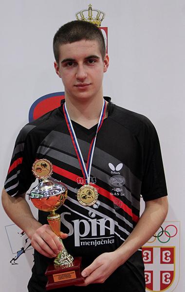 46 - 2 Aleksa Gacev igrac Stenesa