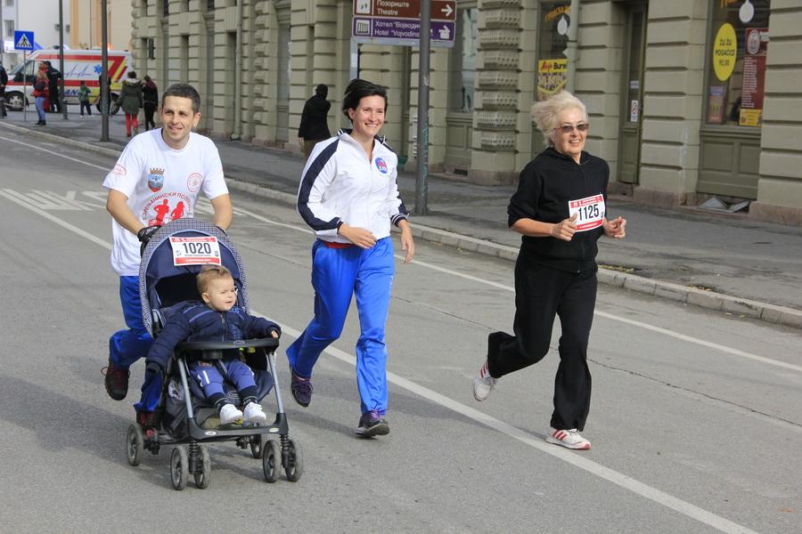 maratonci-0002_r-1