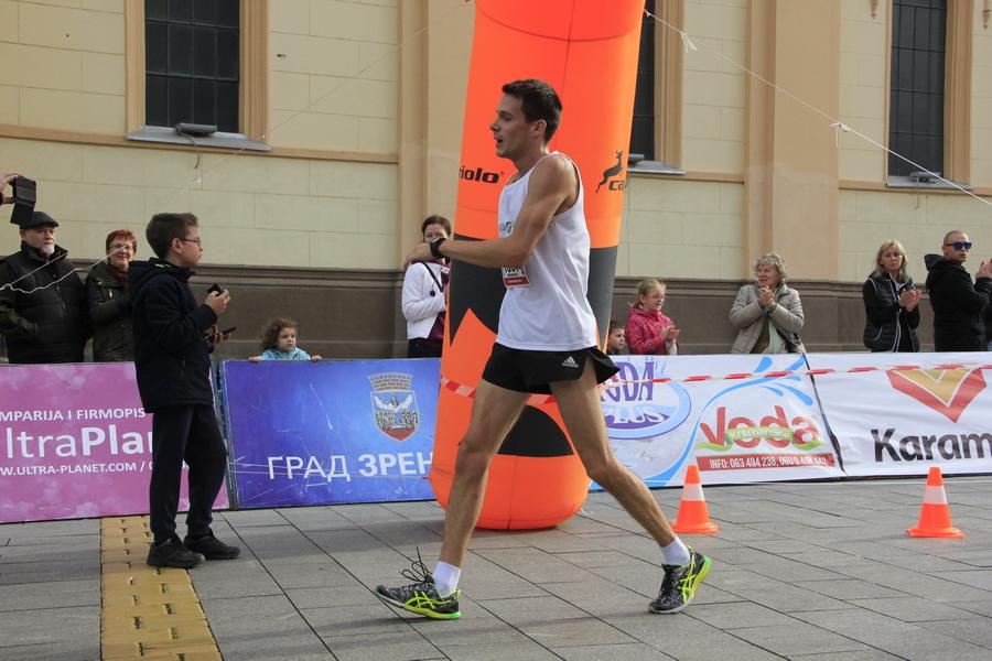 maratonci-0003_r