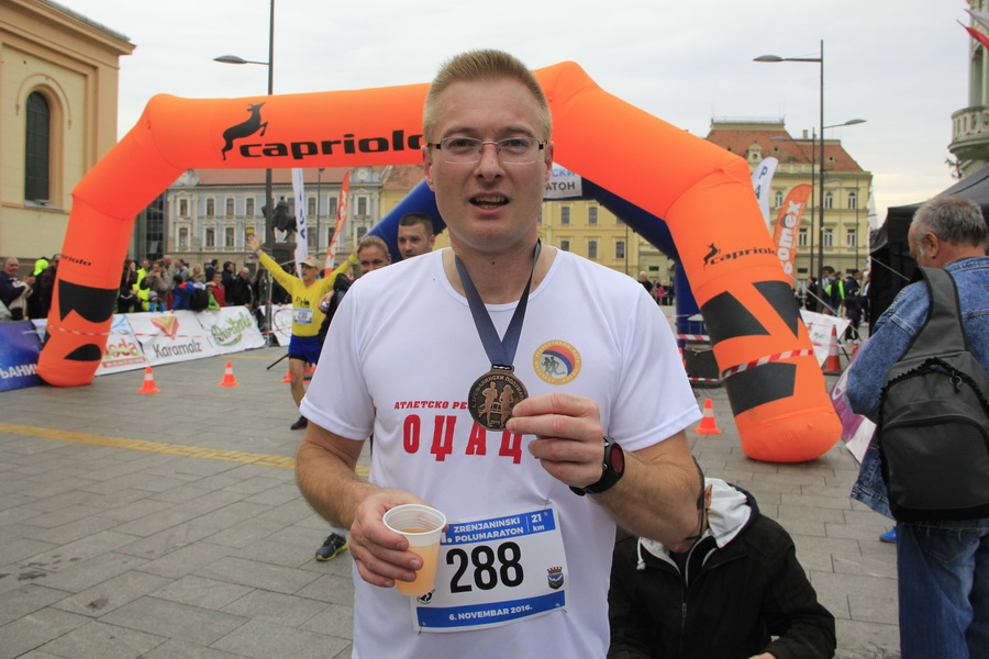 maratonci-0011_r