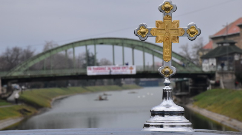 U NEDELJU 12. BOGOJAVLJENSKO PLIVANJE ZA ČASNI KRST: Svi učesnici su pobednici