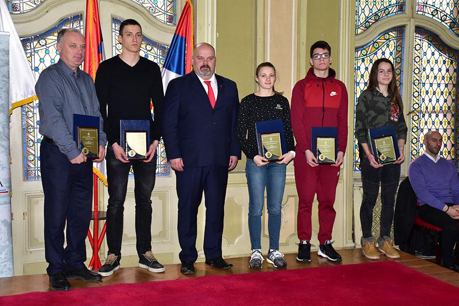 46 - 1 B Sportski savez nagrade olimpijski