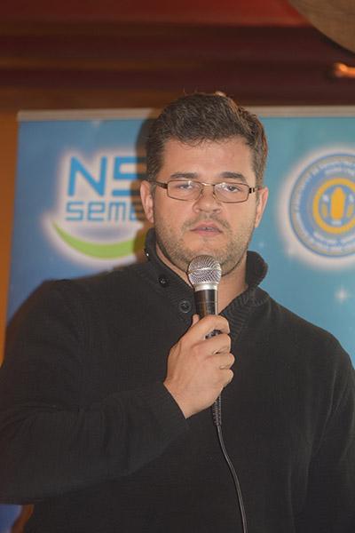 Dr Dušan Stanisavljević