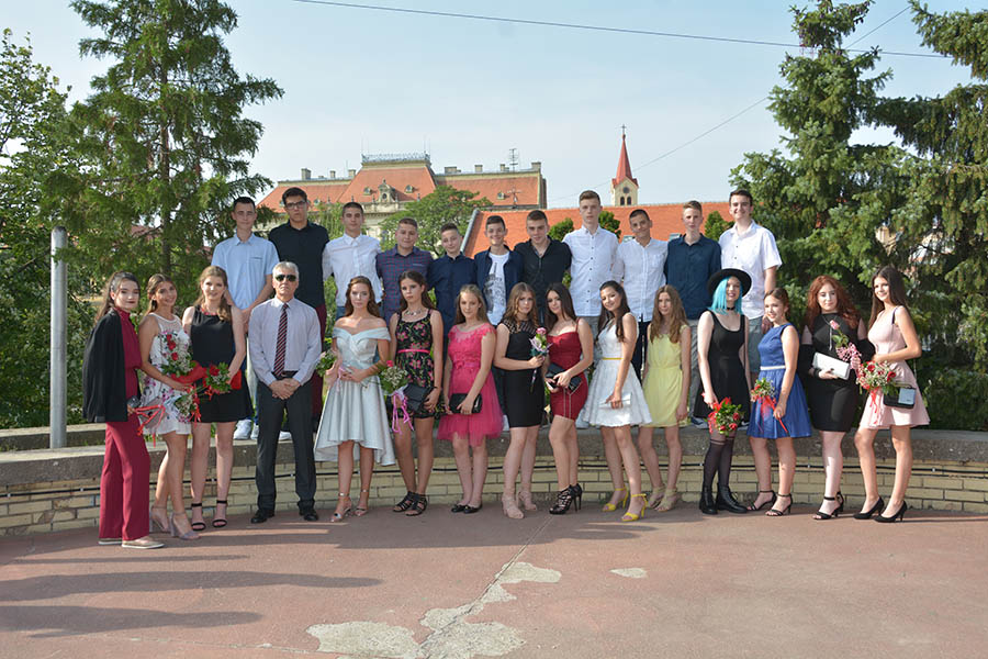 19-1ц-maturanti cvijic VIII-3