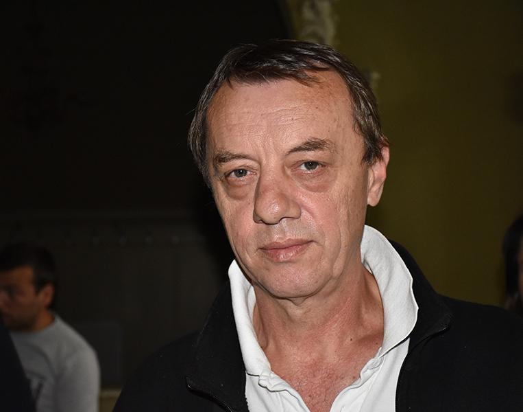 Pcelar Zoran Mulic