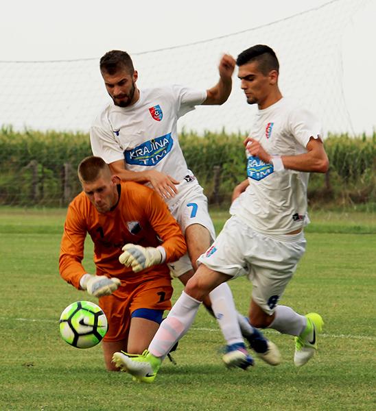 45 - 1 Vojvodjanska liga Nemanja Kovaccevic (levo)