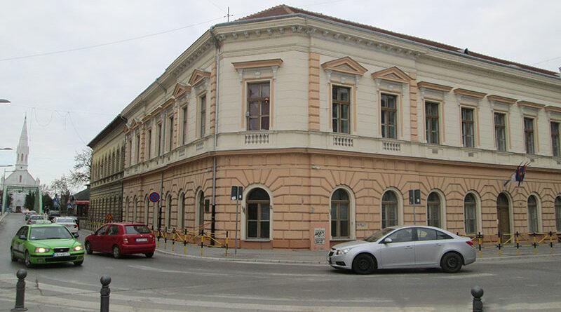 """POPRAVLJEN KROV NA EGŠ """"NIKOLA TESLA"""": Uklonjena ograda"""