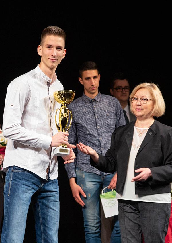 45 - 1 6 Mateja, Oskar, Biljana