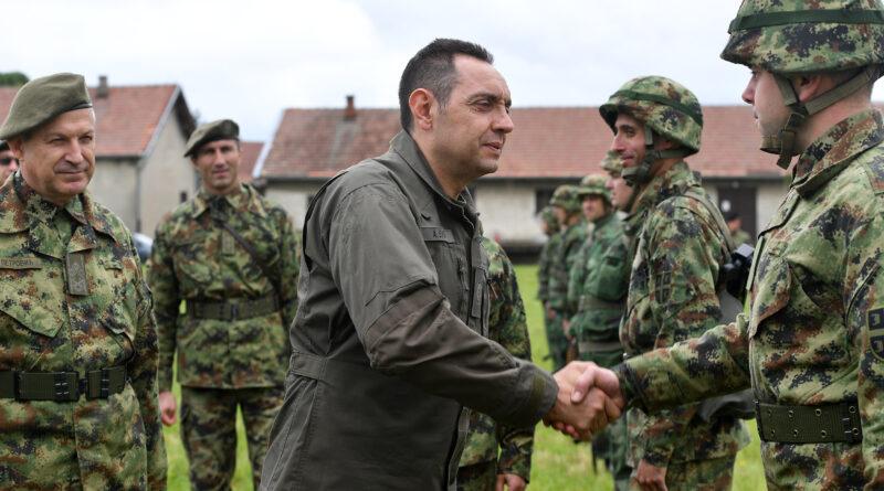 MINISTAR ODBRANE POSETIO KOMANDU ZA RAZVOJ BANATSKE BRIGADE: Vrlo dobar rad sa rezervnim sastavom Vojske Srbije