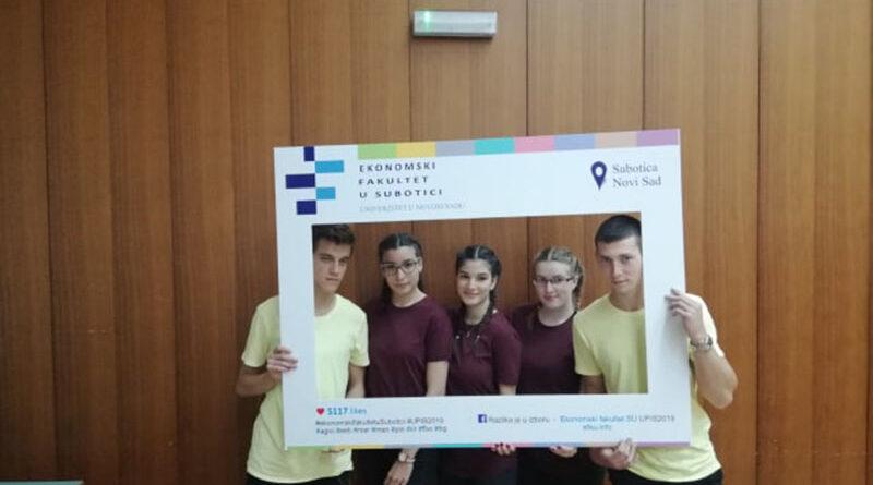 EKONOMSKO-TRGOVINSKА ŠKOLА NA TAKMIČENJIMA: Dva tima, dve nagrade