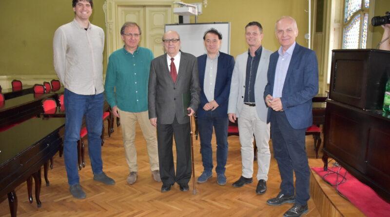 """VLADANU RADOVANOVIĆU DODELJENA NAGRADA FONDA """"TODOR MANOJLOVIĆ"""": Ne odričem se modernizma"""