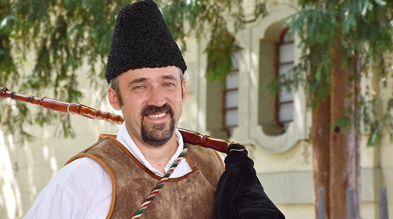VANjA ILIJEV - četrdeset godina bavljenja folklorom
