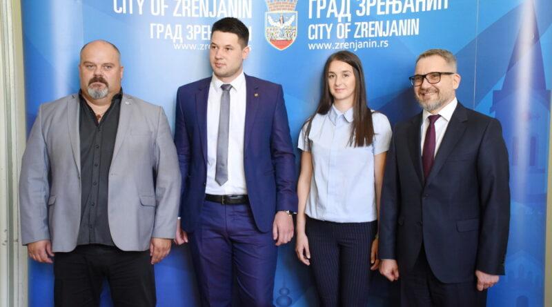 PRIJEM U GRADSKOJ KUĆI: Danijelа i Šćepan najbolji strani studenti u Rusiji