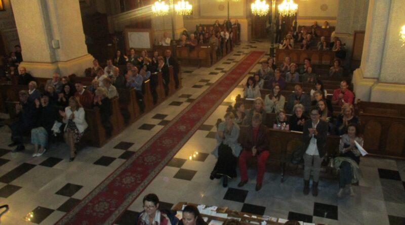 Humanitarni koncert na radost publike Foto BJ