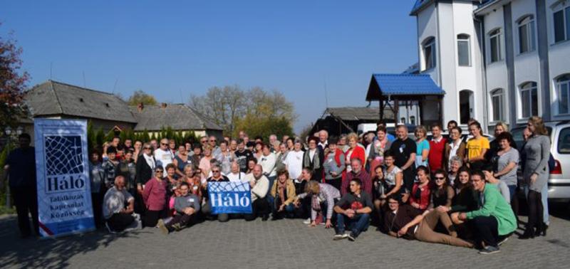 Kárpát-medencei Háló nyílt nagytalálkozót tartottak a kárpátaljai karácsfalván