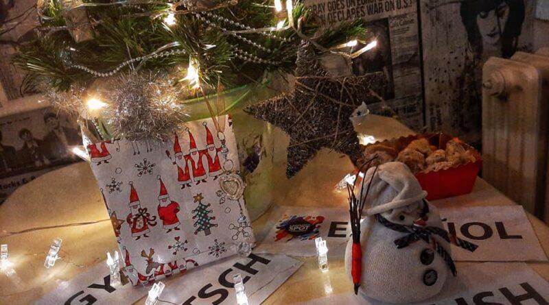NOVOGODIŠNJE IZDANJE JEZIČKOG KAFEA: Deda Mraz već stigao