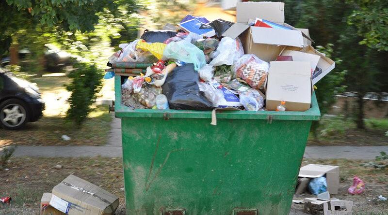 ODLAŽE SE PROLEĆNA AKCIJA IZNOŠENjA KABASTOG OTPADA: apel da se ne odlaže pored kontejnera
