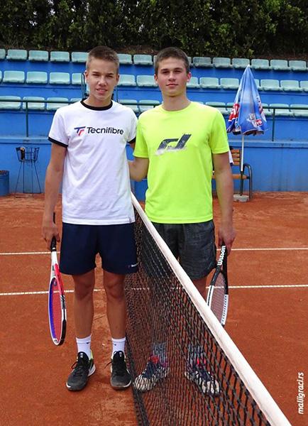 39 - 1 C Tenis Zoran ludoski - levo