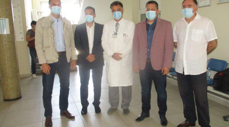 DONACIJA: Aparat za obradu testova Zavodu za javno zdravlje