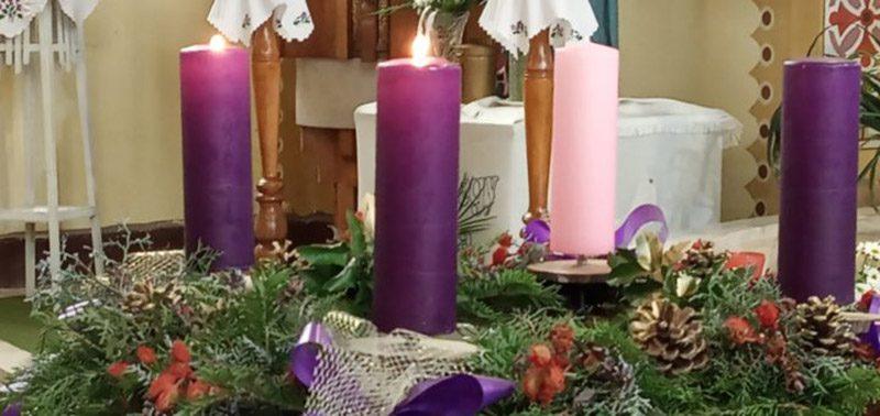 Minden kedves olvasónknak kellemes karácsonyi ünnepeket kívánunk!