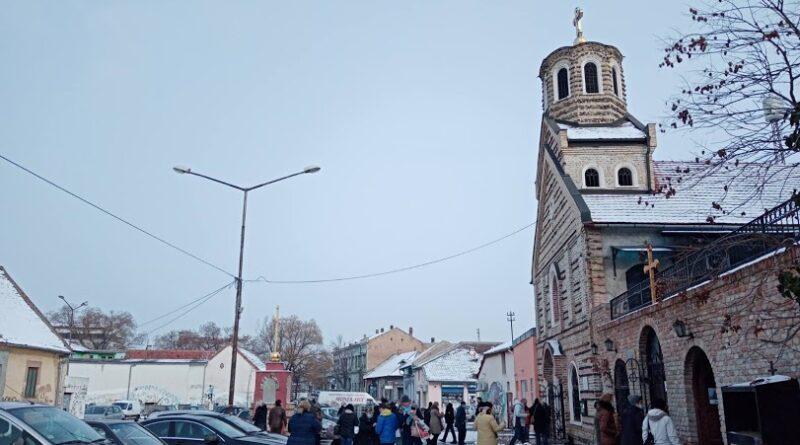 BOGOJAVLJENJE 2021. GODINE: Liturgija u Ruskoj crkvi, u Kleku plivali za časni krst