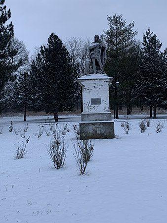 5 - Spomenik Svetog Huberta januar 2021