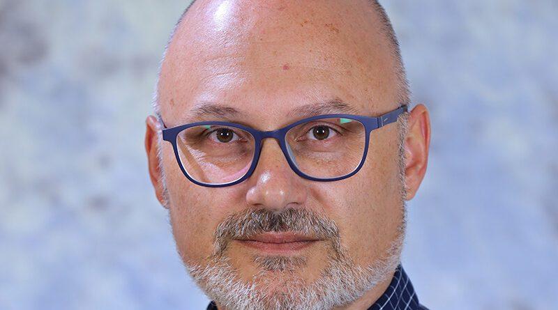 VLADIMIR POPOV, DIREKTOR POLJOPRIVREDNE ŠKOLE U ZRENJANINU