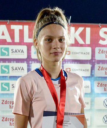 Mlada sportistkinja Dunja Sikima