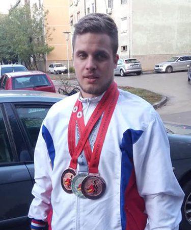 Senior Srdjan Maric