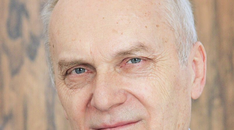MILAN BJELOGRLIĆ, DIREKTOR GRADSKE NARODNE BIBLIOTEKE
