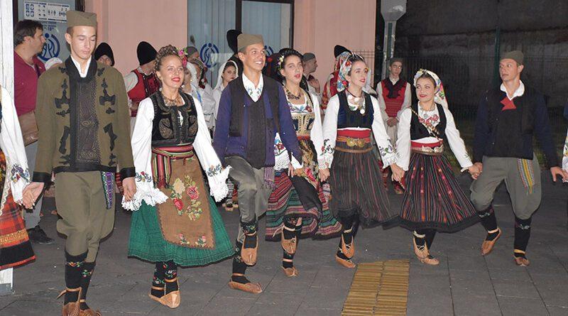 """KUD """"PIONIR"""" JE I OVE GODINE BIO DOBAR DOMAĆIN I ORGANIZATOR FESTIVALA FOLKLORA """"LALA"""""""
